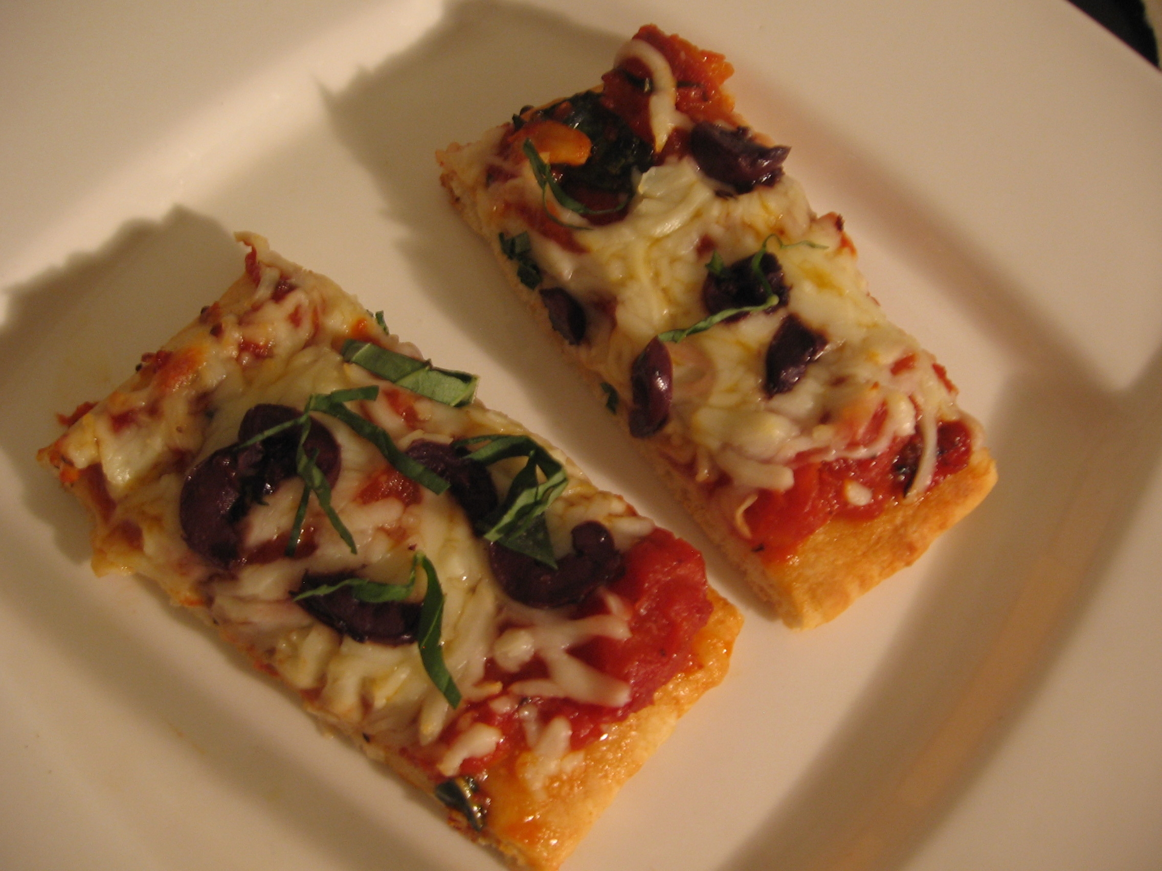 gourmet flat bread pizza s easy entertaining amy 39 s blog. Black Bedroom Furniture Sets. Home Design Ideas